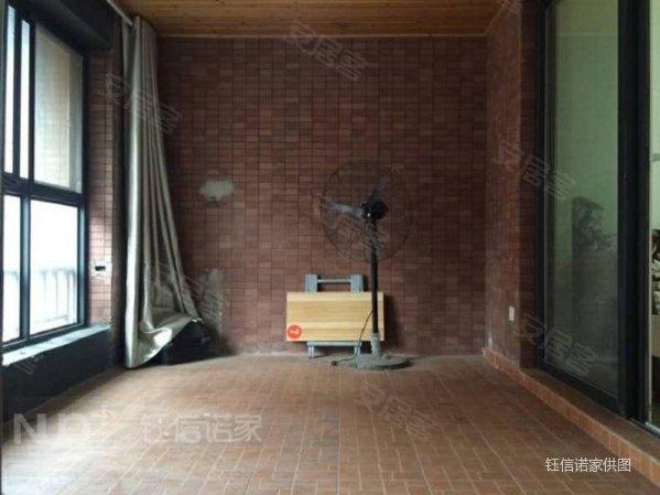 橡樹灣暢銷109戶型,精裝修帶家具家電,拎包入住,誠心出售