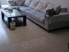 沿湖小区精装2居。家具家电齐全。拎包入住,干净整洁。