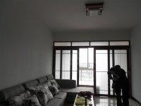 世纪滨江 江边小公寓  环境好 拎包入住