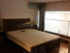 正规一居室,低价出租。房东直租,独立厨卫,拎包入住。