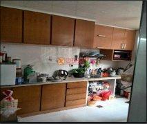 都司前2房,精装修,家电家具全带,有多套市中心房源出租。