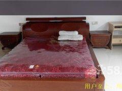 多套东城一号 1室1厅1卫 出租精装修,超值,随时看房