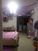 香樟名都1600元1室1厅1卫精装修,楼层佳,看房方便