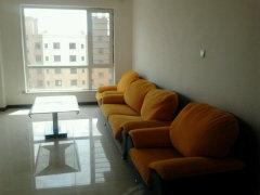 房间:家具家电齐全,装修配置齐全,即可拎包入住。