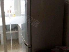 潍城华实小区2室2厅84平米精装修押一付三.