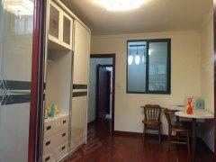 潍坊十村 精装一房一厅加天井 有钥匙随时看房 近世纪大道