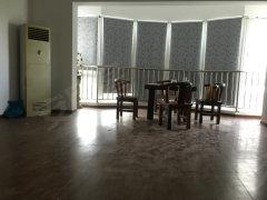 云锦花苑146平米3室2厅清爽装修