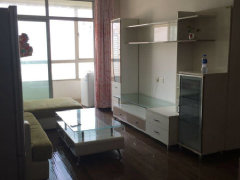 中庭广场精装公寓2房2厅高楼层2600/月家具齐全拎包即住
