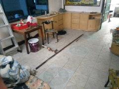 武陵老体育附近 1室1厅60平米 有热水器 500元/月