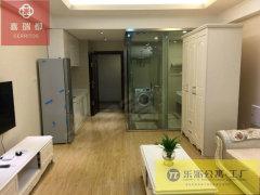 万达中央华城精装修公寓 拎包入住 家电齐全 对外出租