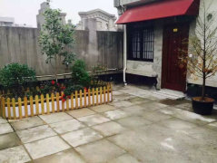 五马街精装小跃层带独立小花园 房间刚退有钥匙 随时看房