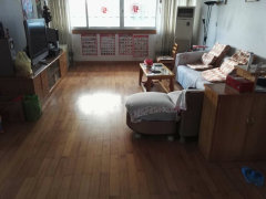急租,建干路电科所小区   3房2厅1卫   配杂物间+车位