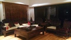 半山半岛独栋别墅带泳池 豪华装修 全红木家具 价格美丽!