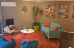 小区环境好,安静,方便,家居齐全,精装修,押一付一