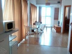 国际海水浴场自由东方2室1厅63平米精装修半年付