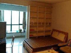 北城小区,房东直租,1室1厅带家具,房租月付