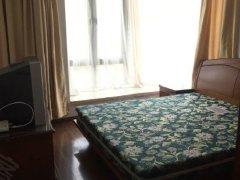 上海绿城3期靓房笋价抢租,南北向1.2万 小3房