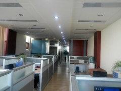 高新区戛纳小镇办公精装修随时可以看房采光好办公家具齐全