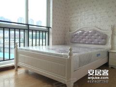 杨家坪步行街 正升百脑汇正规精装一室一厅 拎包入住