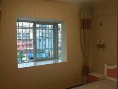 新罗水韵华都1室1厅50平米精装修押二付一