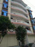 妇幼保健附近二至五层的新建单身公寓,全新装修700元/月出租