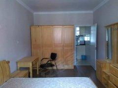 潍坊新村泉东小区 1室1厅40平米 简单装修 押一付三