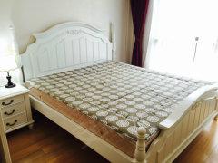 白色欧式风格家具,女生非常喜欢的配置,有钥匙随时看房,中冶