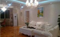 家具家电齐全房子干净清爽,随时可以看房,拎包入住